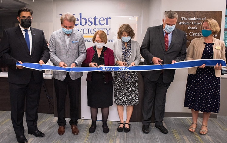 Webster leaders cut the ribbon on the Reeg Academic Resource Center
