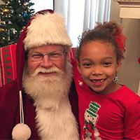 Alumni Association Presents Cupcakes with Santa Dec. 14