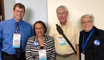 Hulsizer, Woolf with colleagues at APA