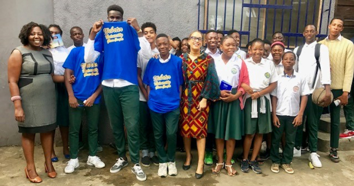 A group photograph with students of Ecole Jin-A High School in Abidjan, Cote D'Ivoire
