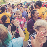 The spirit tunnel during New Student Orientation